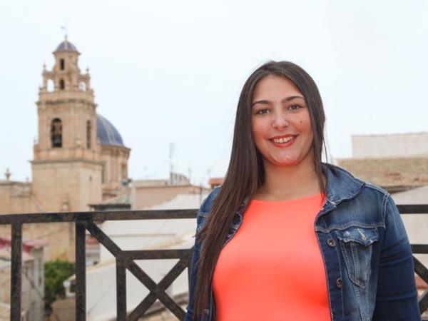 Abanderada: Evelyn Alarcón Igual