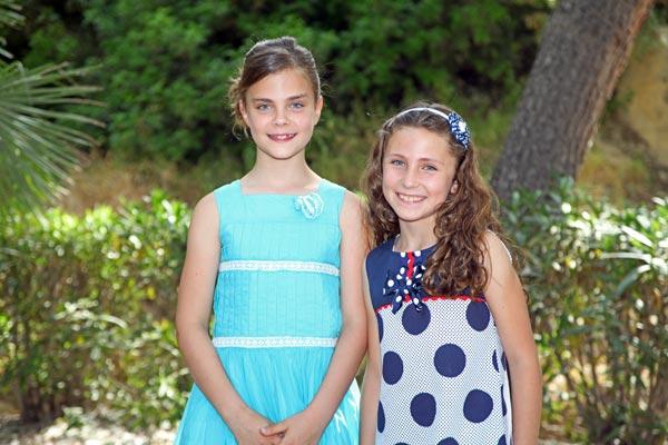Abanderadas infantiles: Laura Cremades Gras y Zoe Connelly Caballero